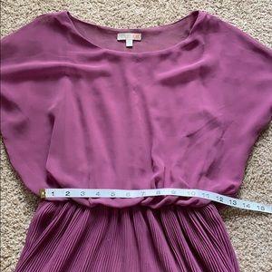 Gianni Bini Dresses - Gianni Bini pleated dress in XS